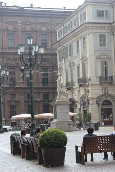 Piazza Carignano a Torino Italia Piedmont Italy, Turin Italy, Italy Vacation, Italy Travel, The Beautiful Country, Beautiful Places, Monuments, Places To Travel, Places To Visit