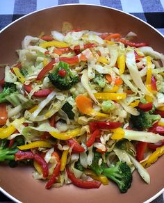 Cabbage and pepper stirfry – the glam kitchen ovo vegetarian, vegetarian recipes, low carb Vegetarian Cabbage, Vegetarian Recipes, Healthy Recipes, Ovo Vegetarian, Free Recipes, Fried Cabbage Recipes, Vegetable Recipes, Veggie Stirfry Recipes, Vegetable Entrees