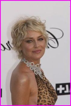 Pixie Haircuts for Fine Hair Over 50 - Short Pixie Cuts Short Haircuts Curly Hair, Short Asymmetrical Hairstyles, Modern Short Hairstyles, Short Haircut Styles, Cute Short Haircuts, Pixie Hairstyles, Curly Hair Styles, Curly Pixie, Long Pixie