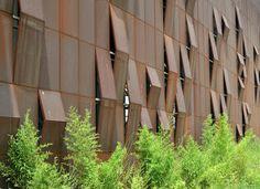 Carlos Pitzer: Revestimentos de fachada