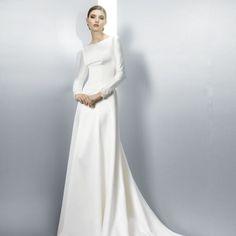 Vestido de manga larga de Jesus Peiró #bride