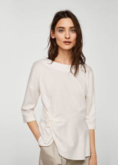 Knot detail t-shirt - Women Clothes 2018, Short Tops, Knots, Cotton Fabric, Ruffle Blouse, My Style, Womens Fashion, Mens Tops, T Shirt