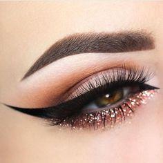 Glittery Lower Lash Line + Winged Liner. @allworkbeauty