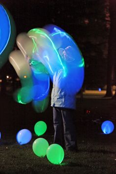 LED light up balloons. Fun! #Stuff  #Balloons