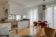 Une cuisine qui épouse les lignes de l'architecture
