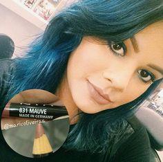 A @maricoliveiraa, do Beauty Team da NYX Maceió, recomenda o lápis Slim Pencil na cor Mauve para lábios à la Kylie Jenner