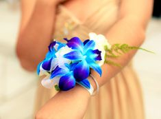 Dazzling floral turquoise with a shade of blue and purple and white corsage and leaf Turquoise Wedding Flowers, Blue Orchid Wedding, Prom Flowers, Wedding Colors, Diy Bouquet, Bride Bouquets, Corsage Wedding, Prom Corsage, Blue Corsage