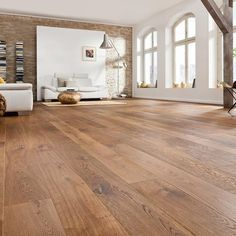 530148 haro parkett landhausdiele 4000 bernsteineiche sauvage strukturiert fase natur geoelt Best Picture For indigo Dye For Your Taste You are looking for something, and it is going to tell you ex Timber Flooring, Parquet Flooring, Laminate Flooring, Hardwood Floors, Parquet Haro, Home Renovation, Wood Architecture, Plank, New Homes