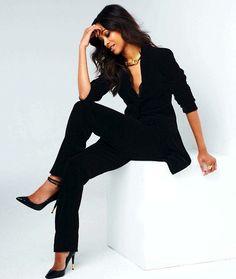 Zoe Saldana, perfection.