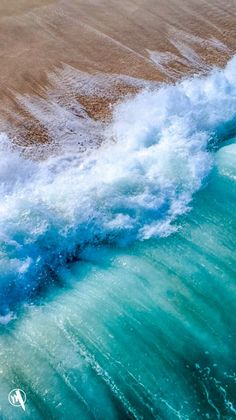 Rate this post & holy shit & marvelous & The post wallpaper for iphone lockscreen appeared first on Kanata. Handy Wallpaper, Ocean Wallpaper, Nature Wallpaper, Beach Waves, Ocean Waves, Sea And Ocean, Ocean Beach, Aerial Photography, Nature Photography