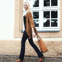 @kiamisu_ Deutschland  feat. Baby Boot Drapey Open Back Tee Fringe Faux Suede Jacket Brody Denelli  #styled4justfab #100lookscampaign #justfab #look #style #fashion #lifestyle #blogger #fashionblogger #influence #inspiration
