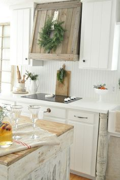 ... Decorating auf Pinterest  Shabby, Bemaltes Häuschen und Kommoden