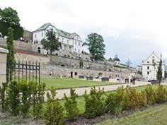 Jižní zámecké zahrady zámku Děčín Mansions, House Styles, Home, Manor Houses, Villas, Ad Home, Mansion, Homes, Palaces
