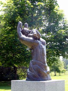 Infant's grave at Glen Eden Lutheran Memorial Park in Livonia, Michigan - photo by Lisa Burks