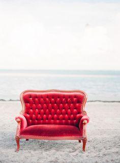 scarlet velvet settee // unearthedvintage.com
