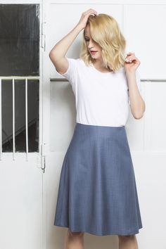 FLORENCE SKIRT #monikakaminska #florenceskirt #skirt #blueskirt #summerwool #woolclothes #italianfabrics #fabric #details #minimal #minimalism #ootd