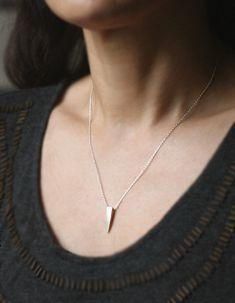 ID /& Spike Pendant w//20mm 13~16 Link Chain Necklace /& Earrings Set Silver-Tone