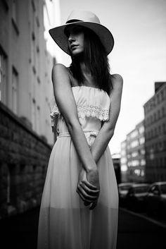 MUAH: SannaK / Studio SMAG Model: Sofia / Modelpoint Photo: Marko Saari