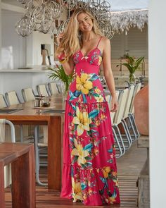 36 Beautiful Womens Floral Dresses Ideas For Spring Summer - Cute Summer Dresses, Lovely Dresses, Beach Dresses, Casual Dresses, Fashion Dresses, Tropical Dress, Floral Print Maxi Dress, Floral Fashion, Women's Summer Fashion