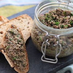 Vegetarian rillettes with mushrooms - Apéritif - Vegan Pesco Vegetarian, Vegetarian Cooking, Healthy Cooking, Vegetarian Recipes, Raw Food Recipes, Veggie Recipes, Cooking Recipes, Healthy Recipes, Brunch