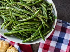 Green Beans in Creamy Horseradish Sauce Recipe from Food Network Creamy Horseradish Sauce, Horseradish Recipes, Green Bean Salads, Green Bean Recipes, Side Recipes, Vegetable Recipes, Chicken Recipes, Baked In Vermont, Creamy Green Beans