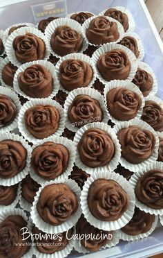 Brownies Kukus Ini Penampakannya Sekilas Mirip Brownies Milo Ya Resep Nya Saya Pake Brownies Milo Pe Makanan Manis Makanan Ringan Manis Resep Makanan Penutup