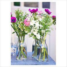 casual display of flowers in vases -patio Flowers In Jars, Cut Flowers, Pretty Flowers, Fresh Flowers, Exotic Flowers, Tropical Flowers, Flower Centerpieces, Flower Vases, Seasonal Flowers