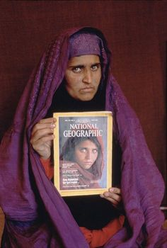 Recognize her? Stephen McCurry, #Afghanistan
