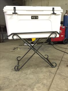 Yeti Cooler stand. Great for party's and the back patio.                                                                                                                                                                                 More