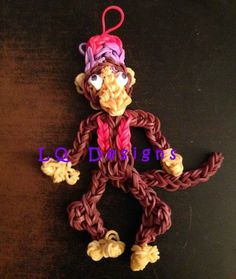 Original LQ Designs Abu from Aladdin tutorial Rainbow Loom Tutorials, Rainbow Loom Patterns, Rainbow Loom Creations, Rainbow Loom Bands, Rainbow Loom Charms, Rainbow Loom Bracelets, Loom Love, Fun Loom, Rubber Band Crafts