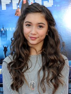 (Fc: RowAn Blanchard) Hey I'm RowAn! 14 and single. I'm sweet quirky and awkward but funny!! I love to act! I'm the daughter of Elsa and Jack Frost! Introduce?