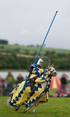 Jousting at Linlithgow. ~ Hansome colors for a Medieval knight steed.