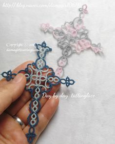 Crochet Bookmark Pattern, Needle Tatting Patterns, Crochet Bookmarks, Crochet Patterns, Tatting Earrings, Tatting Jewelry, Tatting Lace, Tatting Tutorial, Tutorial Crochet