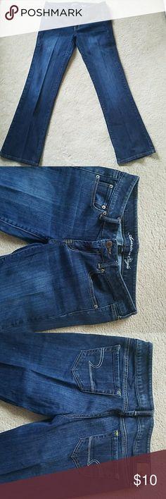American Eagle jeans American Eagle favorite boyfriend stretch jeans American Eagle Outfitters Jeans Boyfriend