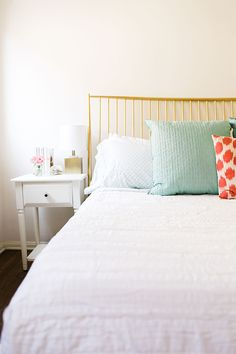 We gave one of our LC.com editors a room redo and here's what happened...