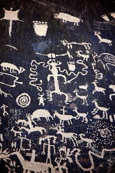 Petroglyphs at Newspaper Rock, Utah