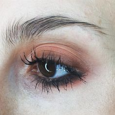 eye makeup inspo // pinned by @softcoffee