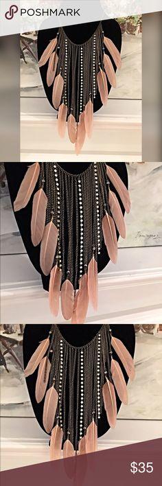 Zara feather/sparkles boho necklace LAST NIGHT! Stunning boho large statement piece featuring antiqued gold tone- rhinestones and blush feathers Zara Jewelry Necklaces