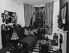 hippie home decor Goth Decor on Instagr - Dark Home Decor, Goth Home Decor, Classic Home Decor, Hippie Home Decor, Gothic Bedroom, Gothic House, Ikea, Aesthetic Room Decor, Dream Decor