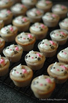 Hello cup cakes