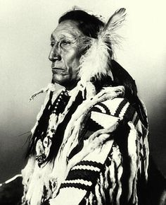 Indian faces - Lakota Sioux Cheyenne Mescalero Apache Arapaho Crow Pawnee Blackfoot