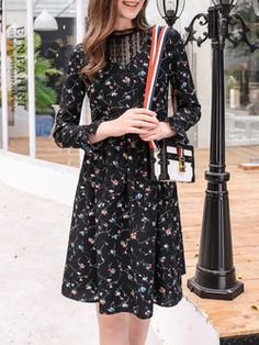 Floral Casual Paneled Long Sleeve Midi Dress