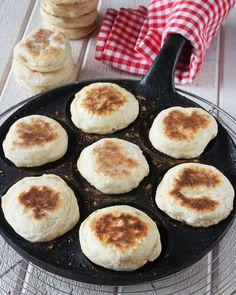 plättbröd9 Baking Recipes, Cookie Recipes, Microwave Caramels, Food Goals, Daily Bread, Bread Baking, I Foods, Food Inspiration, Breakfast Recipes