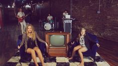 """Lennon & Maisy // """"Ain't No Rest For The Wicked"""" // Cage The Elephant"""