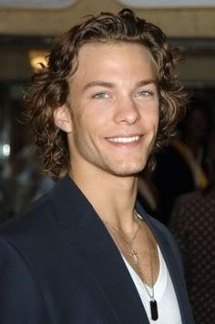 Kyle Schmid. He is so much better now as Robert Morehouse