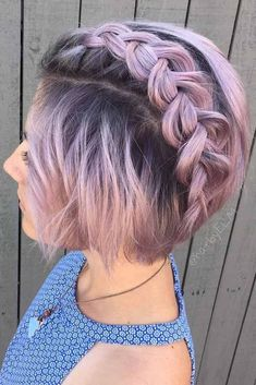 Consider short bob hairstyles, if change is what you seek. It is always fun to try out something new, especially if it is extremely stylish and versatile. #shortbobhairstyles #bobhairstyles #hairstyles #BlondeHairstylesBob