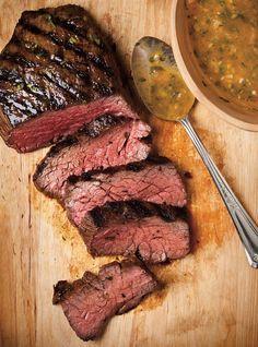 Ricardo& recipe : Beef in Piri-Piri Sauce Sauce Recipes, Meat Recipes, Healthy Recipes, Yummy Recipes, Barbecue Recipes, Grilling Recipes, Piri Piri Sauce Recipe, Ricardo Recipe, Fish And Meat