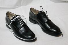 customizing shoes