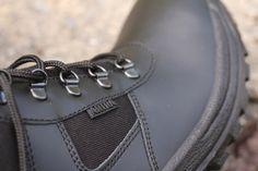 Policajná obuv s názvom ARCHA v čiernej farbe od značky ARTRA je vhodná pre bezpečnostné zložky, prípadne na bežné nesenie. :-)  http://www.armyoriginal.sk/2715/133490/policajna-obuv-archa-cierna-artra.html