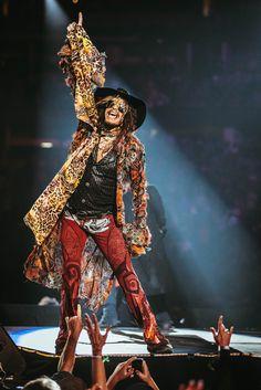 #YahooLive: Aerosmith tonight, 9/9, @ 9pm ET / 6pm PT